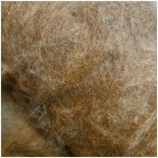 Lietuviškų Škudžių avių vilnos karšinys. Spalva: natūrali ruda. Pakuotėje 50 gramų.
