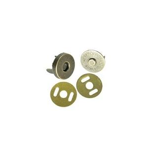 Magnetinis užsegimas rankinei, žalvario spalvos,  skersmuo 1,8 cm.