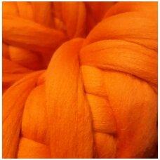 Medium Merino wool tops 50g. ± 2,5g. Color -  orange, 20.1 - 23 mik.