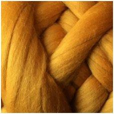 Fine wool tops 50g. ± 2,5g. Color - reddish yellow , 18,6 - 20 mik.