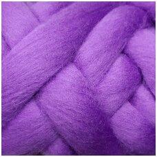 Medium Merino wool tops 50g. ± 2,5g. Color - signal violet, 20.1 - 23 mik.