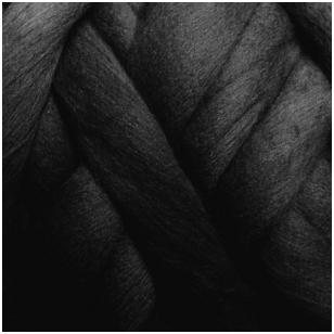 Merino vilnos sluoksna 50g. ± 2,5g. Spalva - juoda, 15,6-18,5 mik.