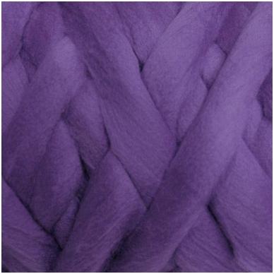 Merino vilnos sluoksna 50 g. ± 2,5 g. Spalva - pilkai violetinė, 15,6 - 18,5 mik.