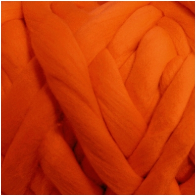 Merino vilnos sluoksna 50 g. ± 2,5 g. Spalva - koralų, 15,6 - 18,5 mik.
