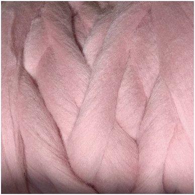 Merino vilnos sluoksna 50g. ± 2,5g. Spalva - antikinė rožinė, 20,1 - 23 mik.
