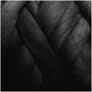 Merino vilnos sluoksna 50g. ± 2,5g. Spalva - juoda, 18,6-20 mik.