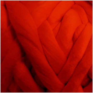 Medium Merino wool tops 50g. ± 2,5g. Color - red, 20.1 - 23 mik.