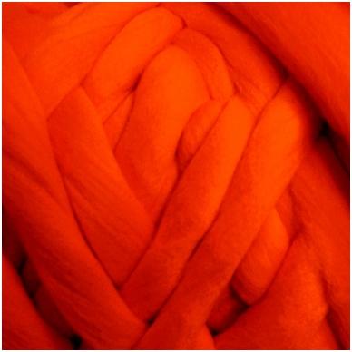 Merino vilnos sluoksna 50g. ± 2,5g. Spalva - koralų, 18,6-20 mik.