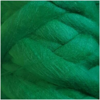 Merino vilnos sluoksna 50g. ± 2,5g. Spalva - žalia, 18,6-20 mik.