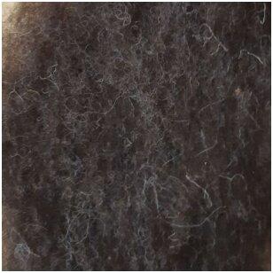 Kupranugario vilnos karšinys. Spalva: natūrali tamsi ruda. Pakuotėje 50 gramų.