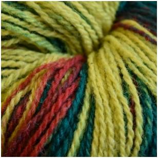 Vilnonių siūlų matkelis 150g. ± 5%. Spalva - geltona, žalia, raudona. Sudėtis - 100% vilna.