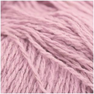 Vilnonių siūlų matkelis 150g. ± 5g. Spalva - antikinė rožinė. Sudėtis - 100% vilna.