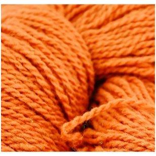 Vilnonių siūlų matkelis 150g. ± 5g. Spalva - oranžinė. Sudėtis - 100% vilna.
